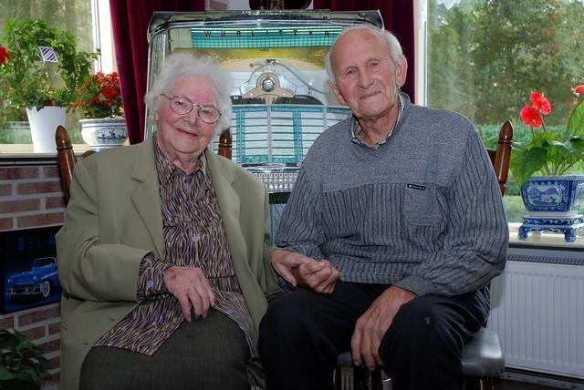 75 jaar getrouwd Freek en Jantje Bron 75 jaar getrouwd! :: Ter Idzard.nl 75 jaar getrouwd